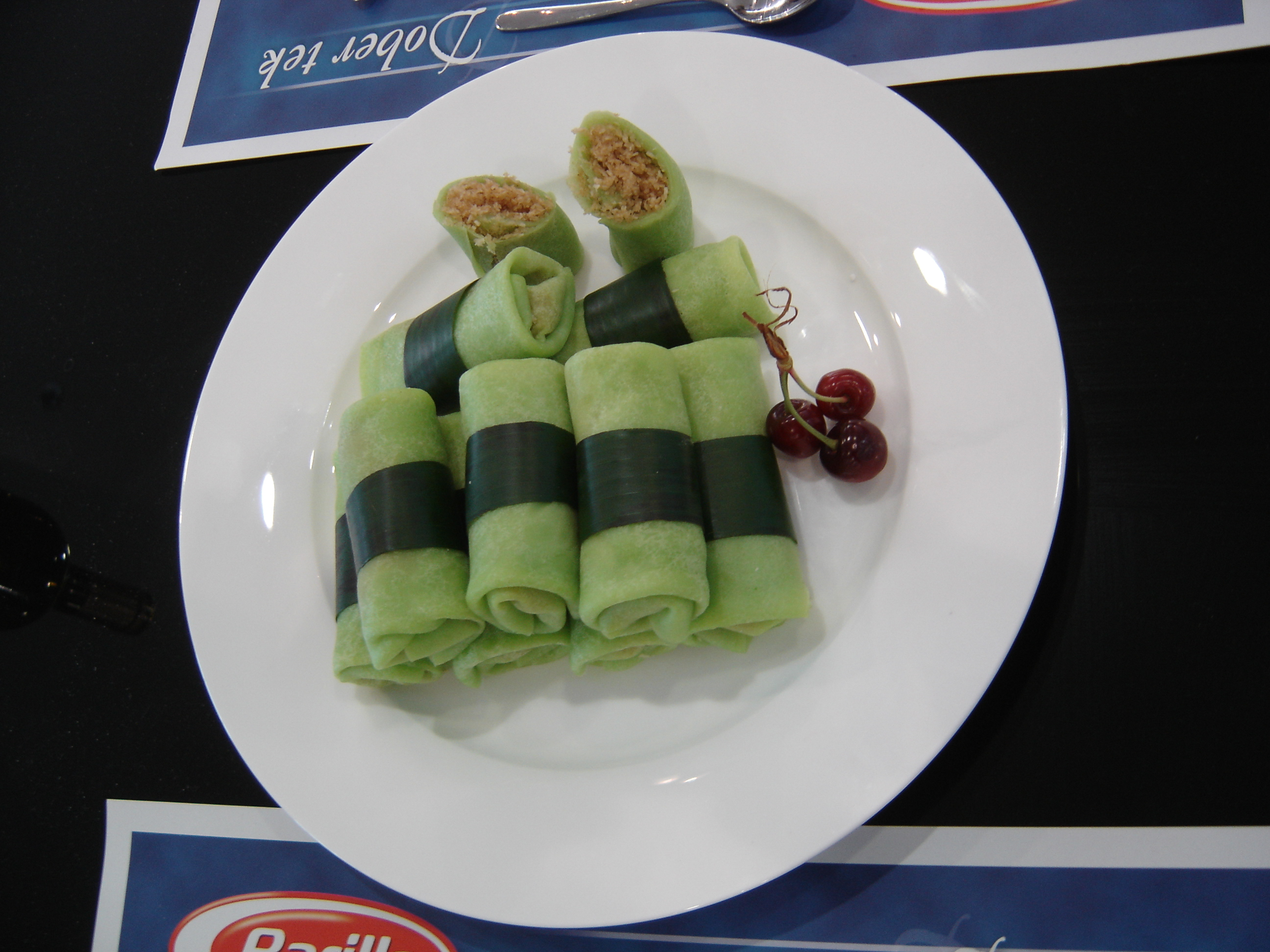 Tasty indonesian food dadar gulung dadar gulung forumfinder Choice Image