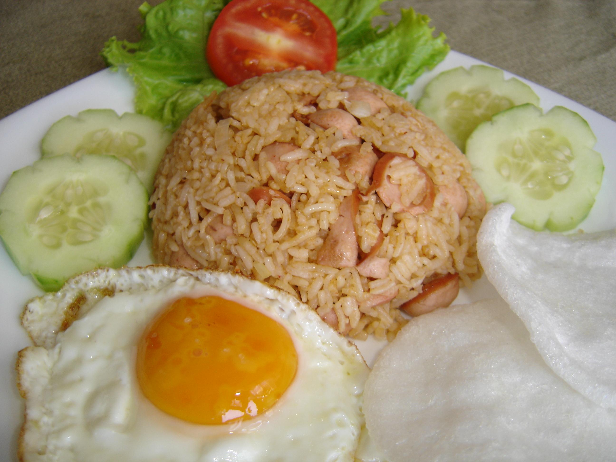 Tasty Indonesian Food - Nasi Goreng Sosis